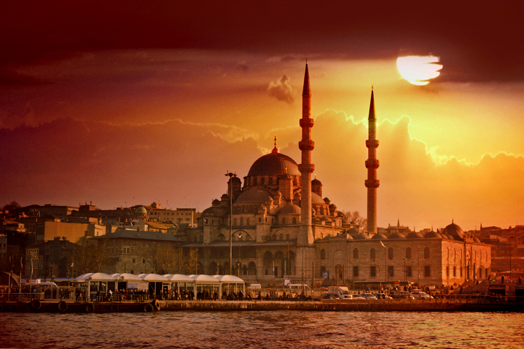 7-accessible-madrid-reduced-mobility-disabled-handicapped-wheelchair-travel-turkey-istambul-2